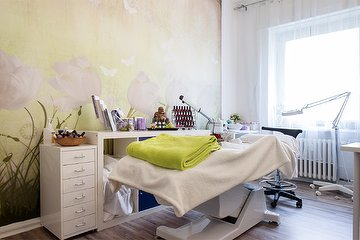massagen spandau massagestudio in spandau berlin treatwell. Black Bedroom Furniture Sets. Home Design Ideas