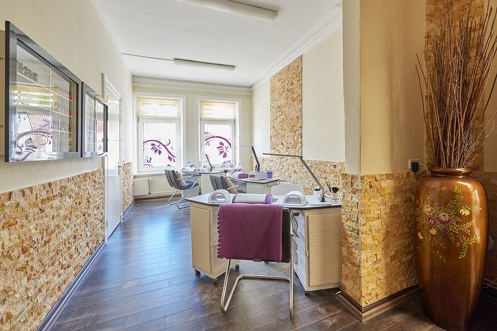 tokohana kosmetik nagelstudio bergedorf kosmetikstudio in bergedorf hamburg treatwell. Black Bedroom Furniture Sets. Home Design Ideas