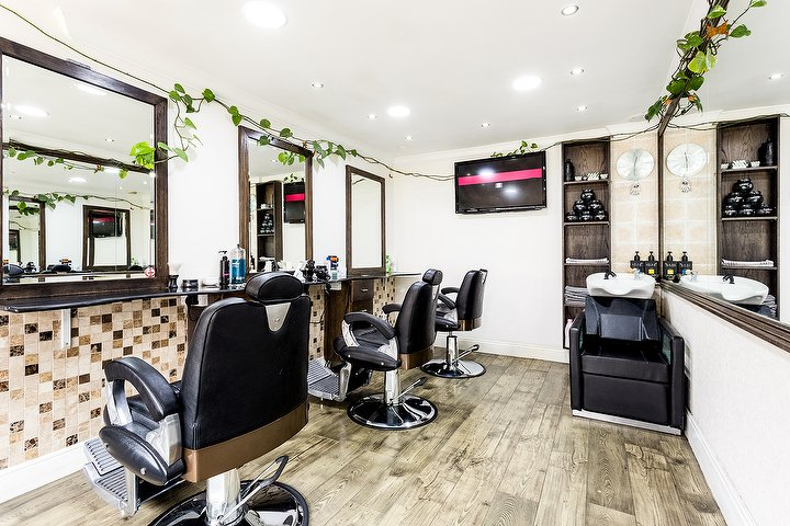 Infinity salon hair salon in marylebone london treatwell for Nail salon marylebone