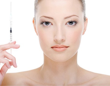 Free cosmetic surgery consultation from Sk:n and Spire Cosmetic Surgery