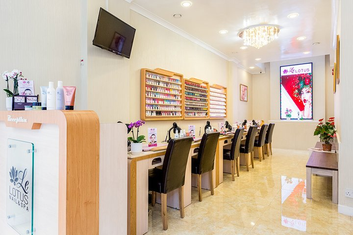 Le lotus beauty salon in great portland street london - Nail salon marylebone ...