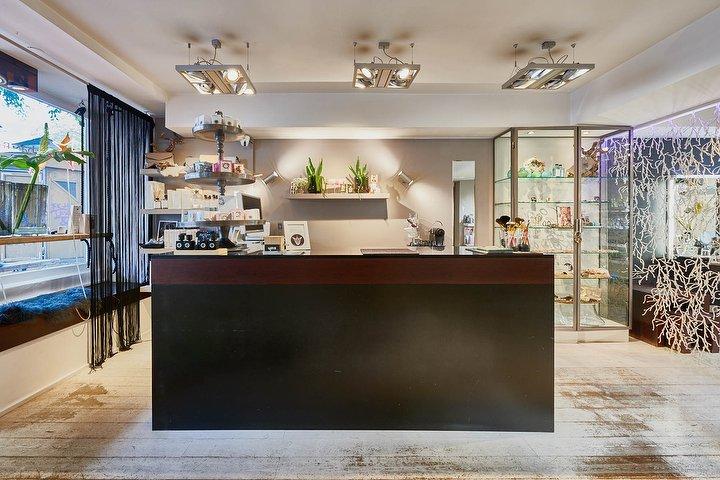 u m s make up beauty lifestyle kosmetikstudio in hoheluft hamburg treatwell. Black Bedroom Furniture Sets. Home Design Ideas