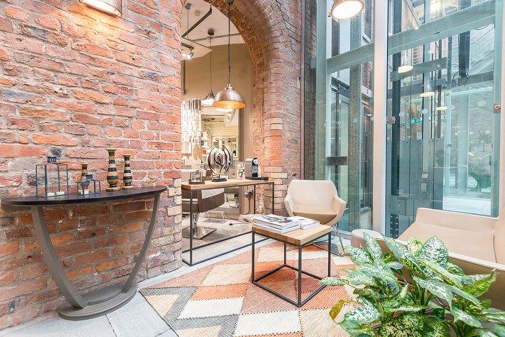 Antonacci hair salon hair salon in ancoats manchester for Beauty salons in manchester
