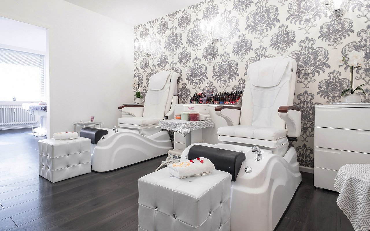 Lee7 Nails & Spa | Nagelstudio in Altstadt, München - Treatwell