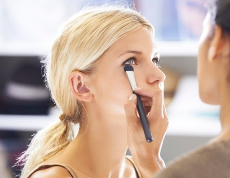 Treatwell news: research reveals the surprising cost of everyday makeup habits