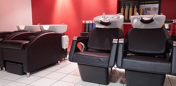 Claritys hair salon in spinningfields manchester for Beauty salons in manchester