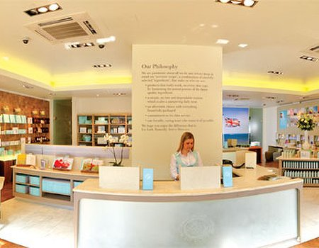 Exclusive Liz Earle reader evening with The Telegraph