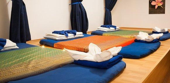 limin thaimassage massagestudio in friedrichshain. Black Bedroom Furniture Sets. Home Design Ideas