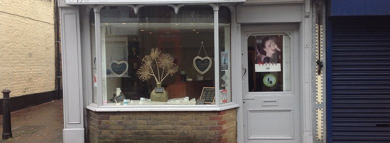 le petit beauty salon beauty salon in uxbridge london