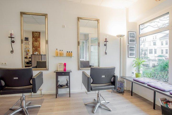 grindella friseursalon friseur in rotherbaum hamburg treatwell. Black Bedroom Furniture Sets. Home Design Ideas