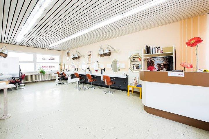 haarmonie lena beautysalon friseur in garath d sseldorf treatwell. Black Bedroom Furniture Sets. Home Design Ideas