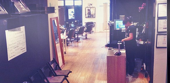 Belle and blackley hair hair salon in retail centre for Aaina beauty salon glasgow