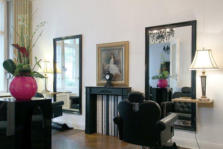 maurice hair make up artist friseur in wilmersdorf. Black Bedroom Furniture Sets. Home Design Ideas