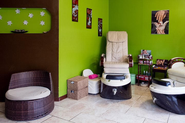 Queen esther spa beauty salon in brixton london treatwell for Nail salon winter garden village