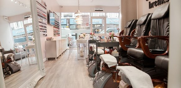 Nail 39 d it northcote road nail salon in northcote road - Nail salons in london ...