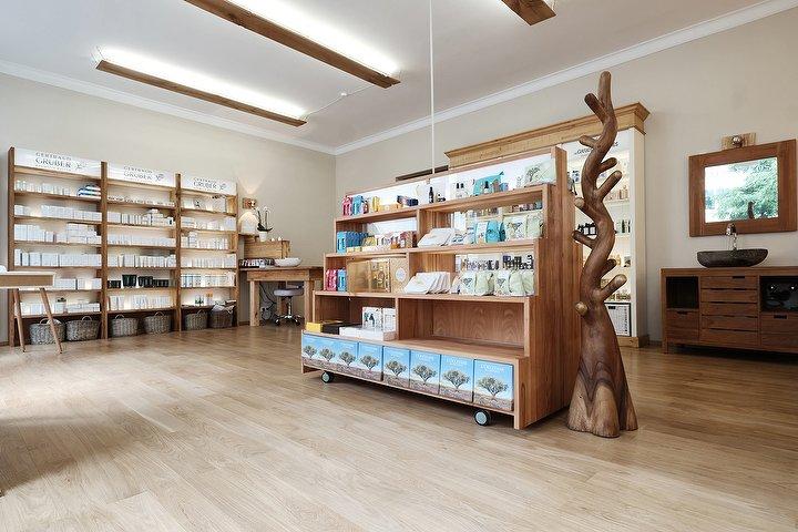 maltry cosmetic kosmetikstudio in schwabing m nchen treatwell. Black Bedroom Furniture Sets. Home Design Ideas