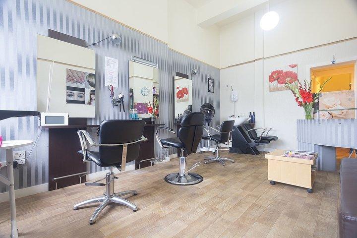Bahar salon hair and beauty beauty salon in finnieston for Aaina beauty salon glasgow