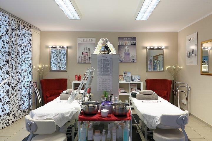 sisters beauty care kosmetikstudio in charlottenburg berlin treatwell. Black Bedroom Furniture Sets. Home Design Ideas