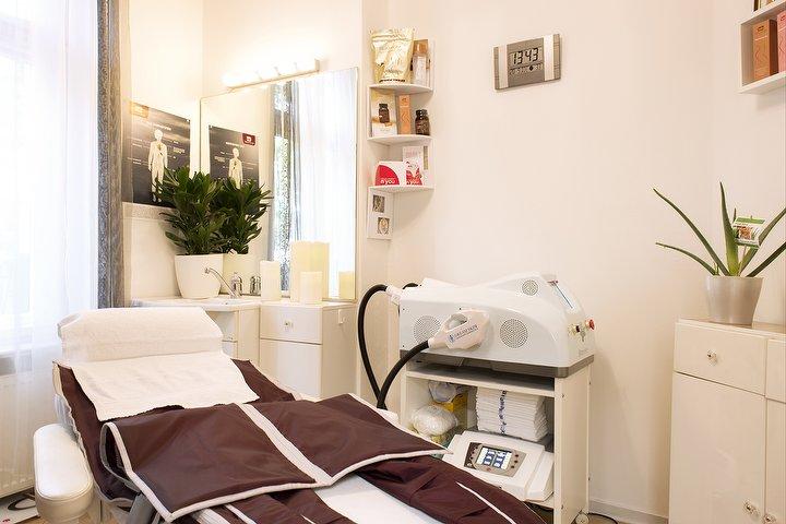 slimhot berlin massagestudio in grunewald berlin treatwell. Black Bedroom Furniture Sets. Home Design Ideas