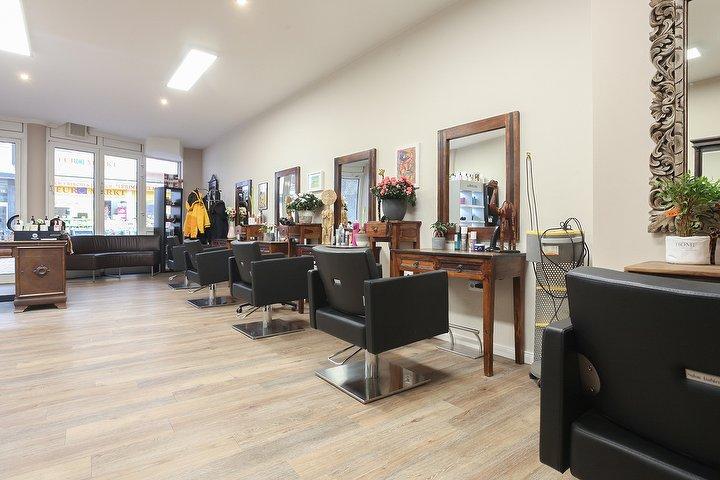 happy hair friseur in harburg hamburg treatwell. Black Bedroom Furniture Sets. Home Design Ideas