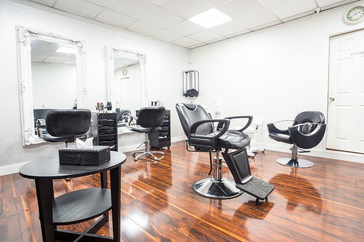 Pure hair beauty manchester beauty salon in rushholm for Beauty salons in manchester