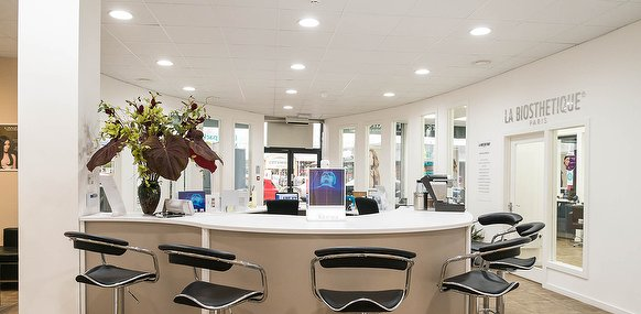 clinica medica beauty salon in partick glasgow