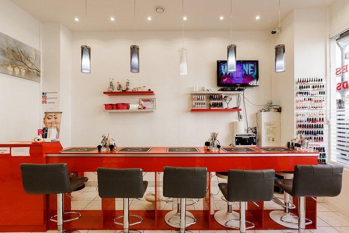 Salon de manucure nails fournitures nail bar for Salon de manucure