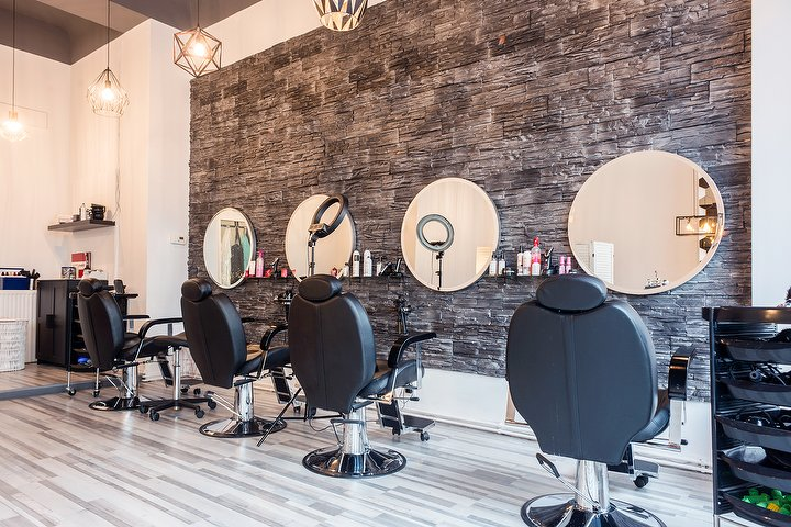 scherenklang derya bag meisterbetrieb friseur in prenzlauer berg berlin treatwell. Black Bedroom Furniture Sets. Home Design Ideas