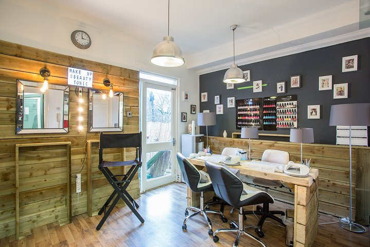 Beauty tonic 192a burton rd west didsbury beauty salon for Beauty salons in manchester